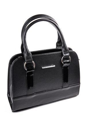 Черная женская стильная сумка с лаковыми вставками