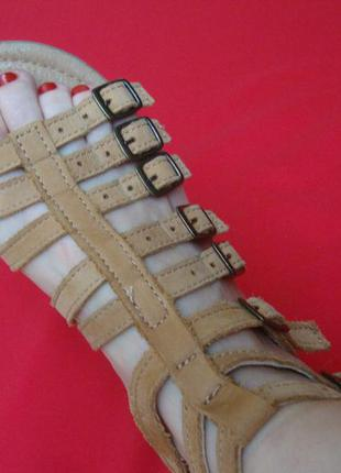 Cандалии next натур кожа 35-36 размер