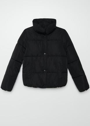 Теплая деми курточка с высоким воротником