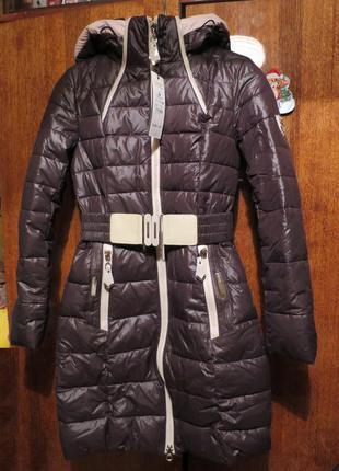 Продам новое теплое зимнее пальто-парку на холлофайбере, размер s