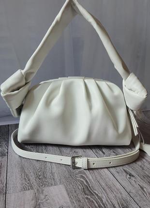 💥 белоснежная кожаная сумка