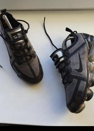 Nike кроси 36 р