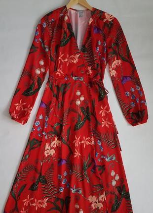 Стильное красное платье халат h&m на запах, в цветочный принт.