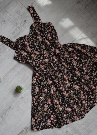 Легкий сарафан в цветочки