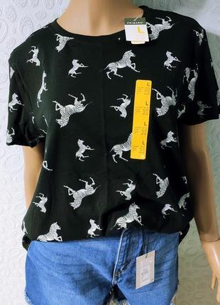 Женская хлопковая футболка в принт зебры