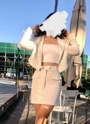 Укороченый пиджак + юбка, костюм