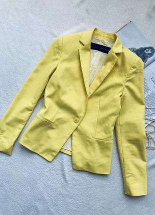 Яркий базовый желтый пиджак zara