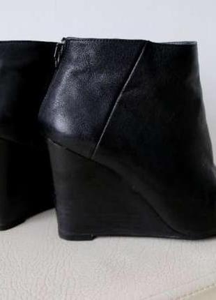 Ботильоны-ботинки stuart weitzman оригинал !!