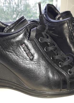 Кроссовки туфли prada