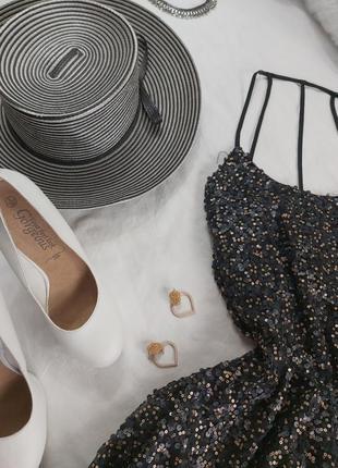 Шикарное нарядное вечернее платье с паетками2 фото