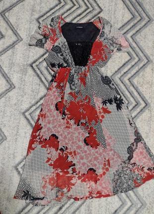 Итальянское платье с пайетками, размер л