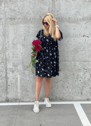 Легенька повітряна сукня жен