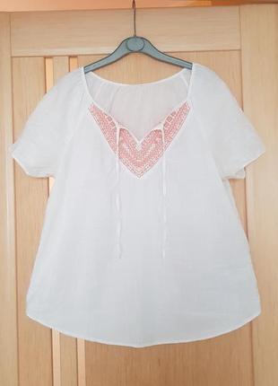 Блузка с вышивкой хлопковая белая