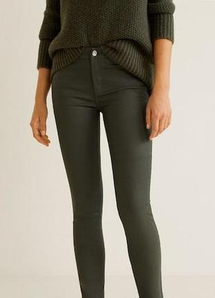 Оливковые джинсы скинни с блестящим напылением 12-14/42 размер