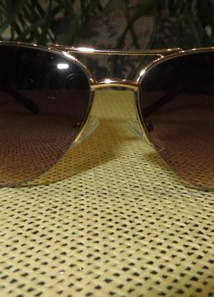 Женские солнцезащитные очки calvin klein2 фото