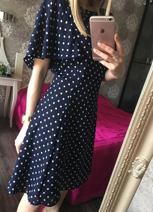 Модное платье в горох zara