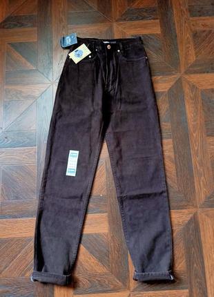 Моми мом джинси