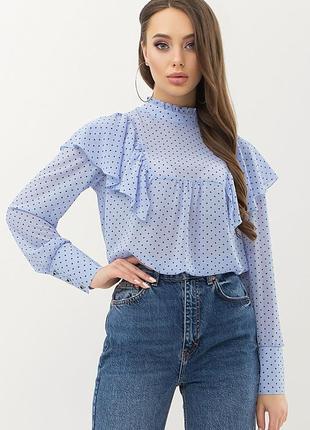 Голубая стильная блузка в горошек с рукавами