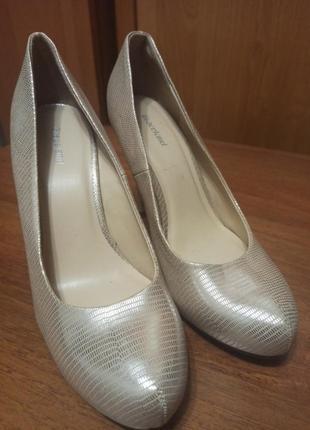 Туфли для праздника, выпускного, юбилея