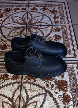 Туфли dr. martens. 43 размер