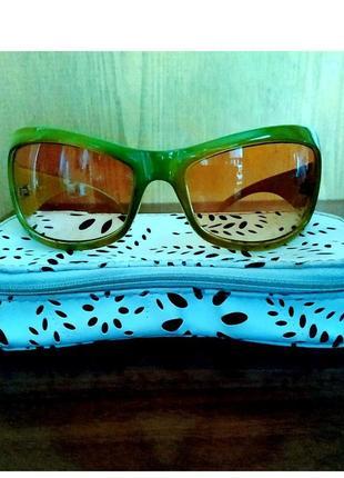 Стильные солнцезащитные очки с цветной оправой ☀️ швеция новые