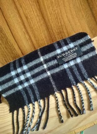 Небольшой шарф burberry. оригинал