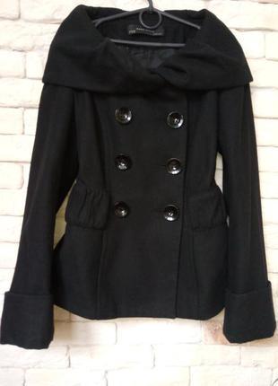 Zara пальто м