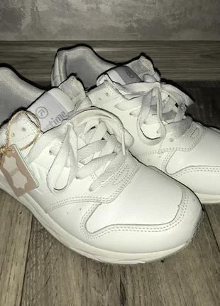 Белые кроссовки, натуральная кожа, 37