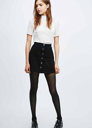 Чёрная вельветовая юбка на пуговицах