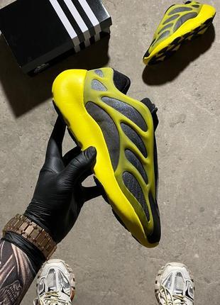 🔥 кросівки adidas yeezy boost 700 v3 yellow black