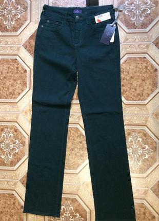 Качественные джинсы, брюки тёмно-зелёного цвета
