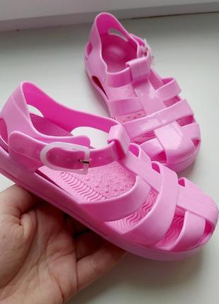 Босоножки сандалии шлепанцы сланцы тапки туфли босоніжки сандалі