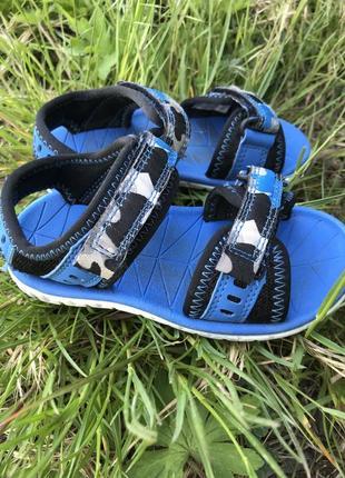 Кларкс боссоножки сандали
