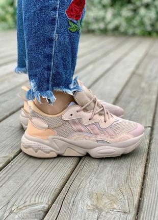 Женские стильные кроссовки adidas ozweego adiprene 'peach'