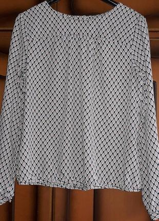 Berdtoni блуза,кофта