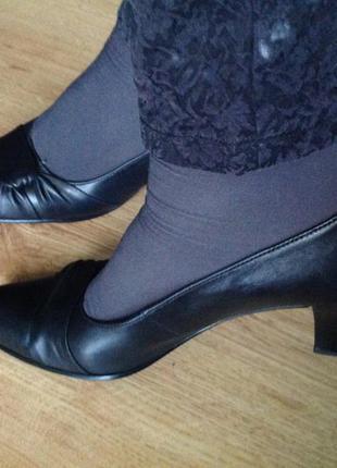 Кожанные удобные туфельки. 41/ стелька 27.5 см brend gabor