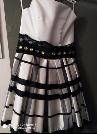 Платье нарядное выпускное короткое