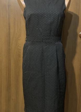 Платье по фигуре в горох