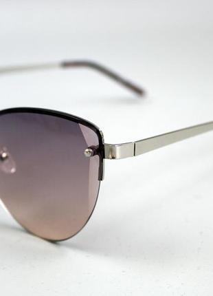 Крутезні жіночі сонцезахисні окуляри бренду c&a2 фото