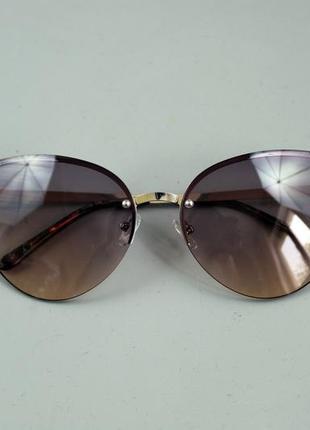 Крутезні жіночі сонцезахисні окуляри бренду c&a1 фото