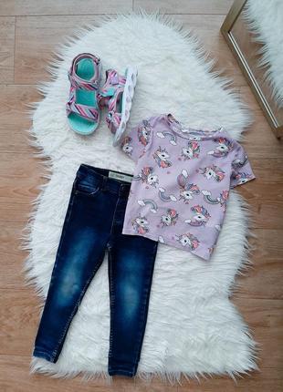 Набор на девочку джинсы скинни и футболка с единорожками