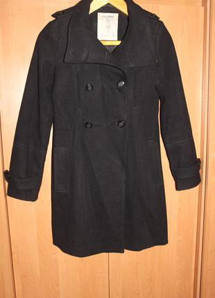 Продам пальто фирмы pull&bear