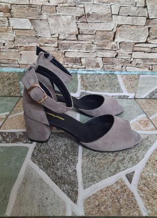Женские туфли на каблуке, индивидуальные размеры