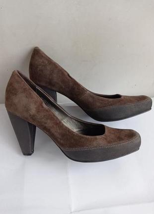 Замшевые туфли, цвет капучино, размер 39-25,8 см