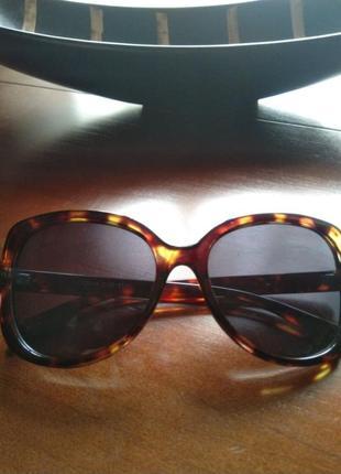 Солнцезащитные очко mango