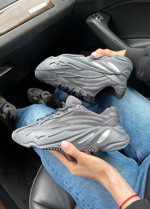 Женские кроссовки adidas yeezy 700 black all reflective3 фото