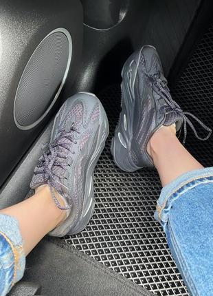Женские кроссовки adidas yeezy 700 black all reflective2 фото