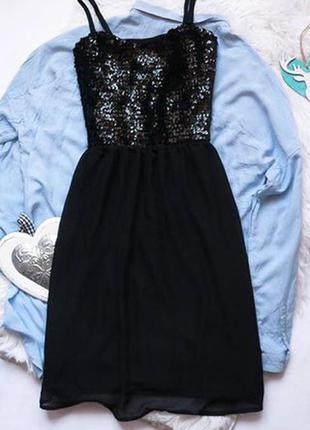 Шикарное платье в пайетки made in italy размер s