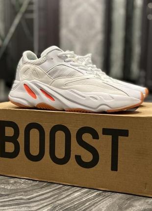 Кроссовки adidas yeezy boost 700 white red
