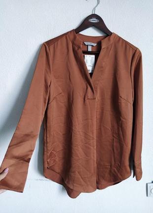 Шикарная атласная блуза карамельного цвета